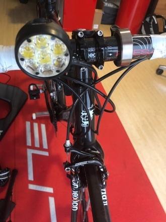 helle Fahrradbeleuchtung, Frontlicht